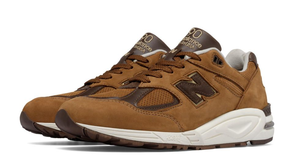 New Balance 990v2 Made in the USA new balance x social status cm1600 winter in the hamptons